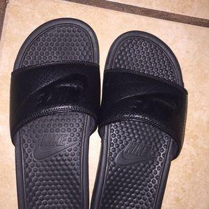 Nike all black slides